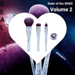 RealTechniques Ruler Of The Skies Makeup Brush Set
